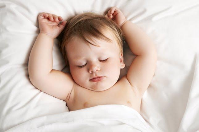 5 Techniques pour Endormir Bébé (selon Harvey Karp)