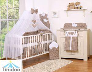 chambre bébé de couleur marron-chocolat