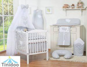 chambre bébé sur les tons gris