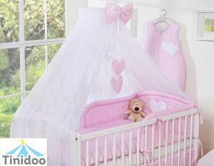 tour de lit rose pour fille