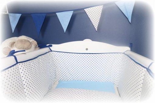 berceau avec tour de lit bleu/blanc