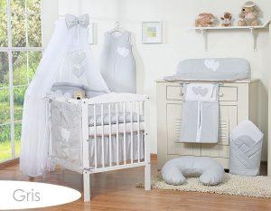 lit bébé à barreaux gris
