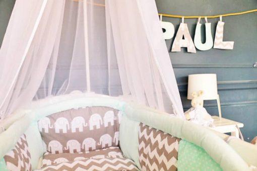 tour de lit menthe pour berceau bebe en bois
