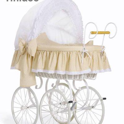berceau bébé de style ancien