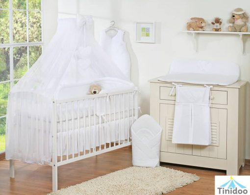 lit bébé à barreaux, blanc