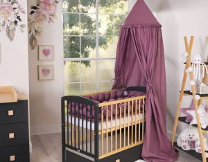 chambre bébé noir et violet