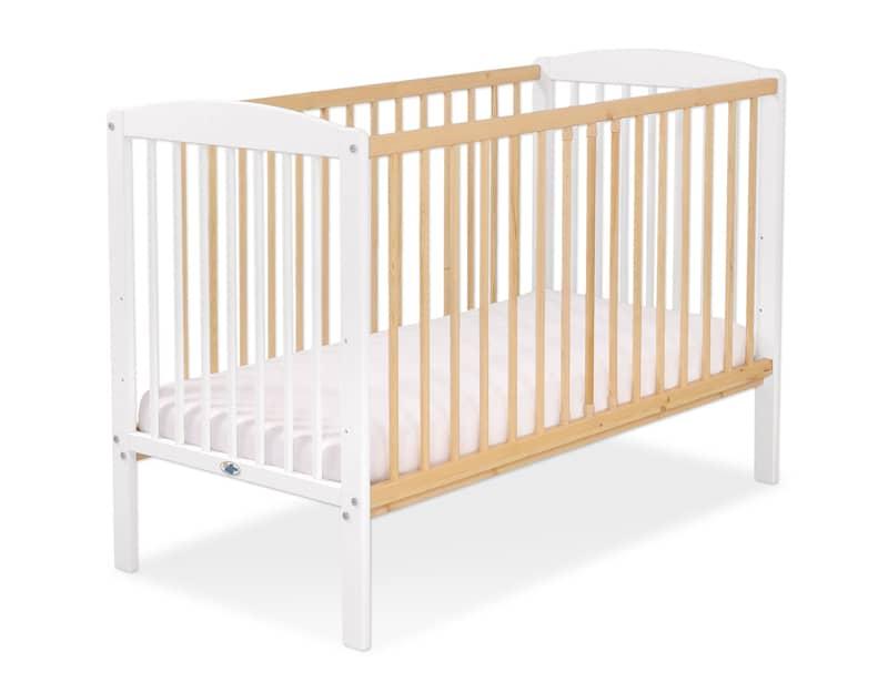 lit bébé en bois naturel