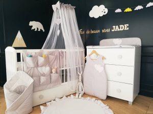 chambre bébé fille déco montagne