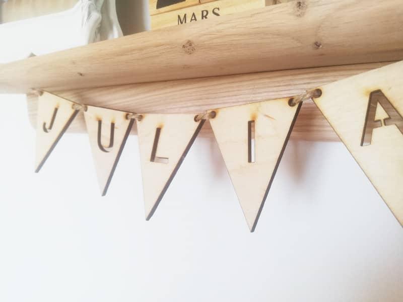 étagère en bois personnalisée